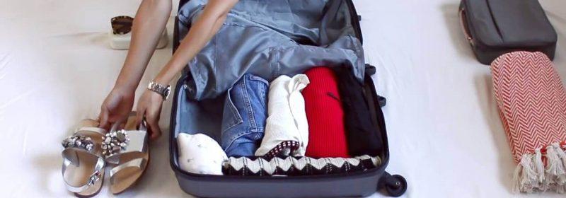 Mẹo sắp xếp quần áo tiết kiệm không gian nhất khi chuyển nhà